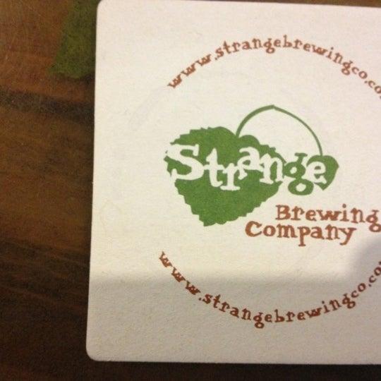 Das Foto wurde bei Strange Craft Beer Company von Gautam C. am 10/26/2012 aufgenommen