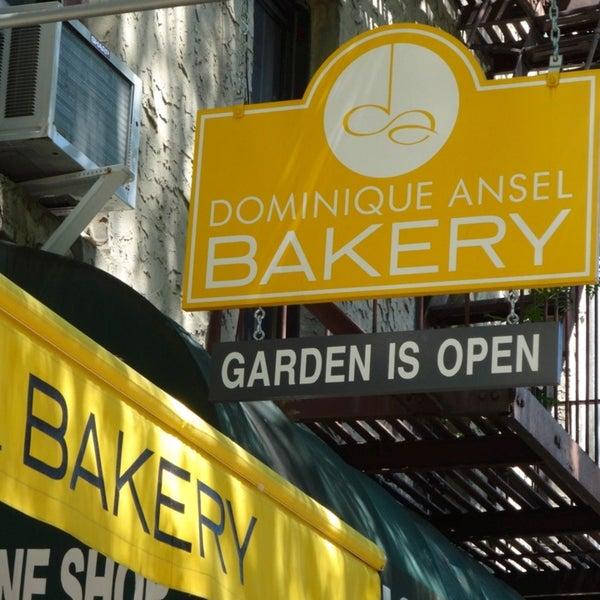 7/18/2013에 Gary T.님이 Dominique Ansel Bakery에서 찍은 사진