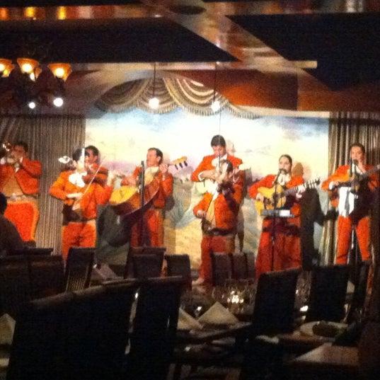 Foto tomada en Casa Sanchez por Dee B. el 11/24/2012