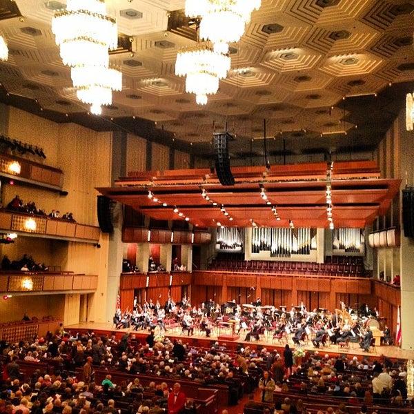 2/24/2013 tarihinde TahRaySa X.ziyaretçi tarafından The John F. Kennedy Center for the Performing Arts'de çekilen fotoğraf