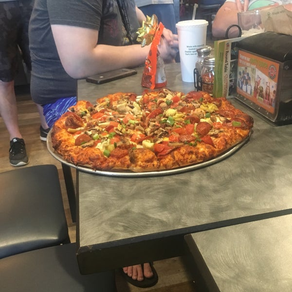 Round Table Pizza Anderson.Round Table Clubhouse Pizza Place In Anderson