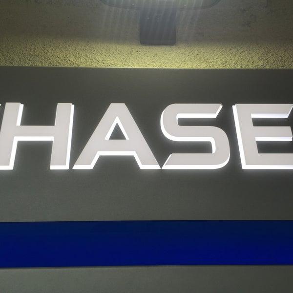 Photos at Chase Bank - Lake Balboa - 2 tips from 233 visitors