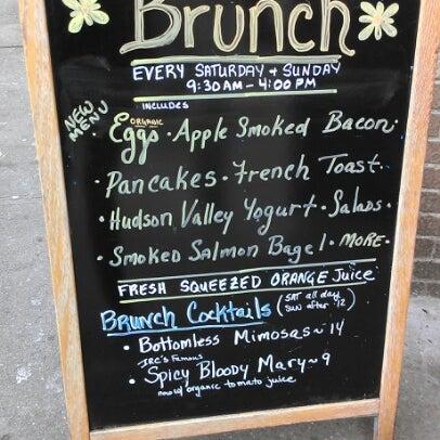 Foto tomada en Indian Road Café por Brazen L. el 11/25/2012