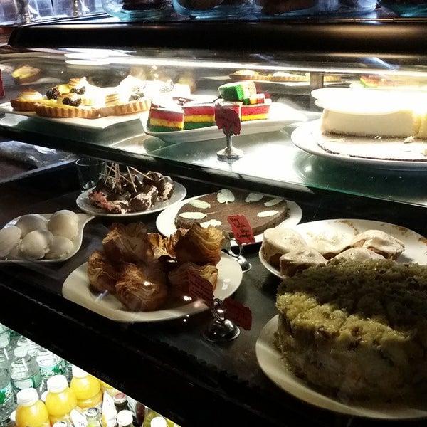 Das Foto wurde bei Indian Road Café von Brazen L. am 12/17/2014 aufgenommen