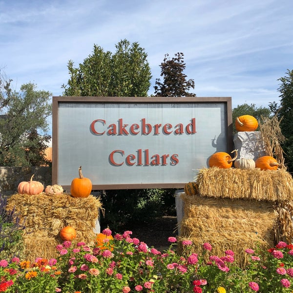 Foto tirada no(a) Cakebread Cellars por Anthony P. em 10/27/2018