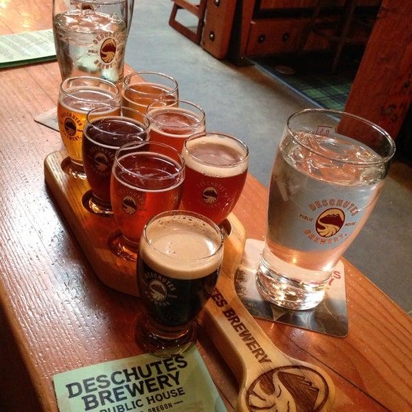 Foto scattata a Deschutes Brewery Portland Public House da Katrin il 5/23/2013