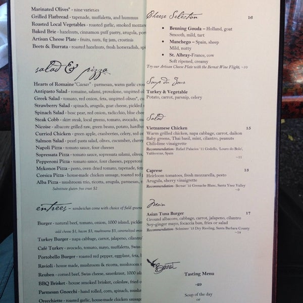 Foto scattata a Los Olivos Wine Merchant Cafe da Katrin il 10/13/2014