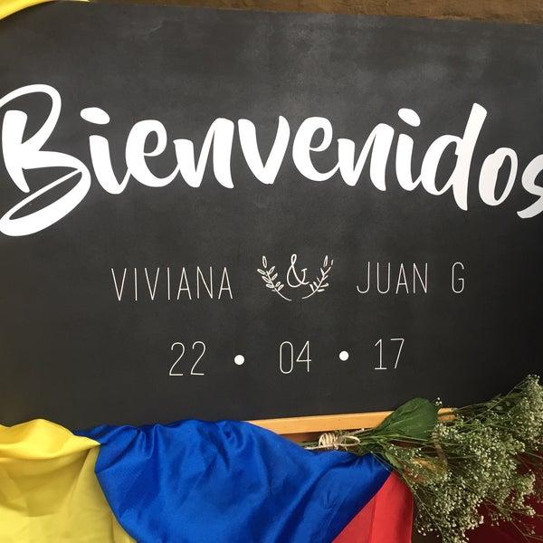 Das Foto wurde bei El Pórtico von Andres B. am 4/22/2017 aufgenommen