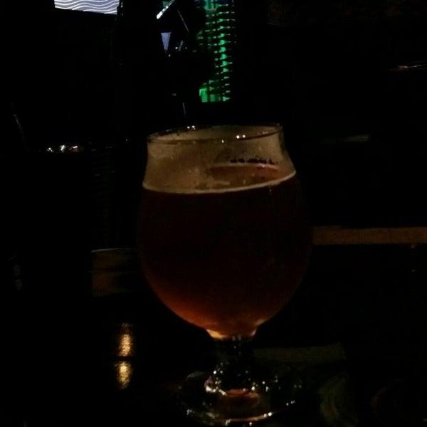 6/30/2016 tarihinde chris w.ziyaretçi tarafından Corked Bar, Grill, Nightclub'de çekilen fotoğraf