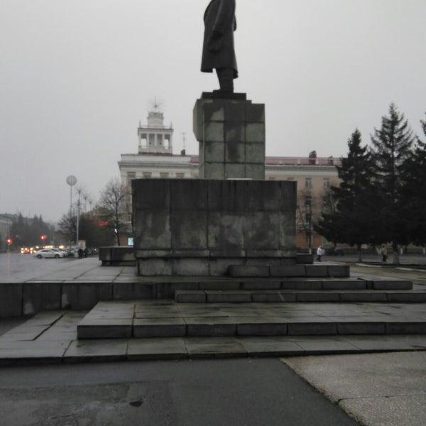 картинка памятник ленину курган хотите подробнее узнать