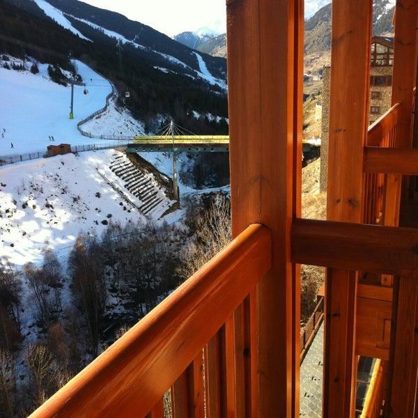 รูปภาพถ่ายที่ Sport Hotel Hermitage & Spa โดย Nikita A. เมื่อ 12/29/2012