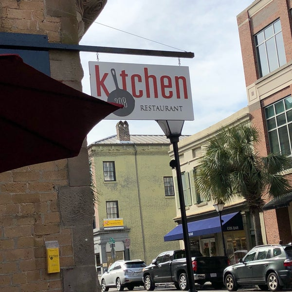 2/10/2018에 Garrett W.님이 Kitchen 208에서 찍은 사진