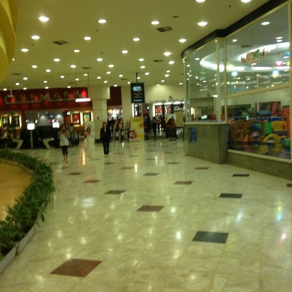Das Foto wurde bei Grand Plaza Shopping von Lucas B. am 2/4/2013 aufgenommen