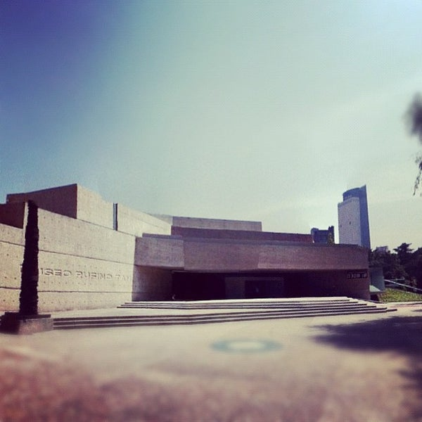 10/18/2012 tarihinde Alan D.ziyaretçi tarafından Museo Tamayo'de çekilen fotoğraf