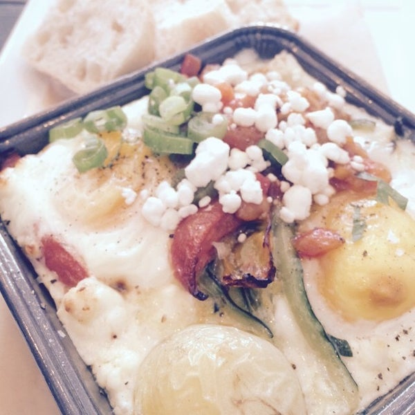 Снимок сделан в Foodink Catering and Grocerie пользователем foodink c. 1/15/2015