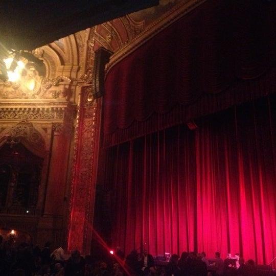 12/7/2012에 Mauricio C.님이 The Chicago Theatre에서 찍은 사진