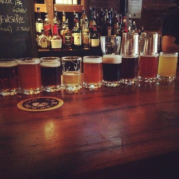 8/25/2012 tarihinde Bridget C.ziyaretçi tarafından Triumph Brewing Company'de çekilen fotoğraf