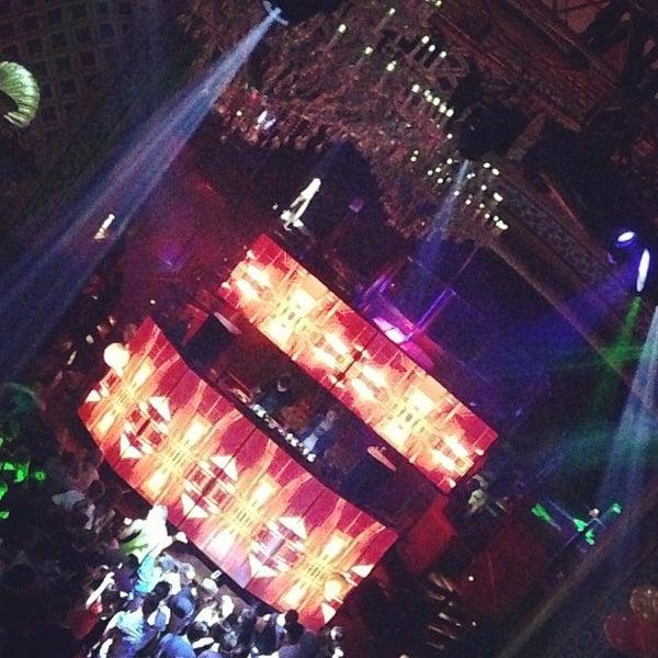 Photo prise au Opera Nightclub par Michelle G. le7/20/2013