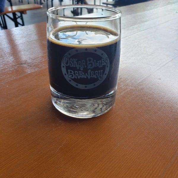 5/26/2019 tarihinde Denise D.ziyaretçi tarafından Oskar Blues Brewery'de çekilen fotoğraf