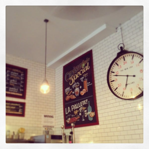 รูปภาพถ่ายที่ Croissanteria โดย Harry T. เมื่อ 4/17/2013