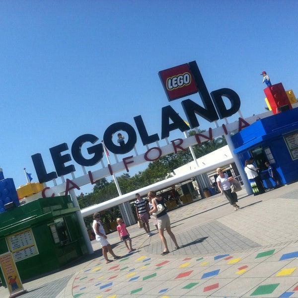 Foto tirada no(a) Legoland California por Dennis G. em 7/15/2013