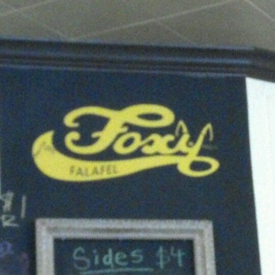 10/8/2012에 Heidi G.님이 Foxy Falafel에서 찍은 사진