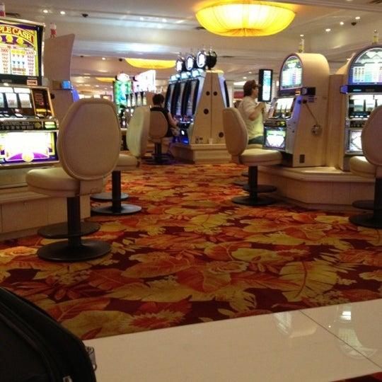 Снимок сделан в Tropicana Las Vegas пользователем Vitória M. 10/27/2012