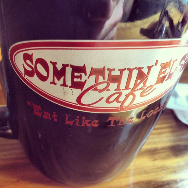 6/2/2013にTravis H.がSomethin' Else Caféで撮った写真