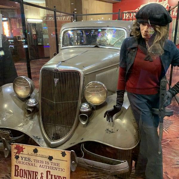 Und clyde auto bonnie Bonnie and