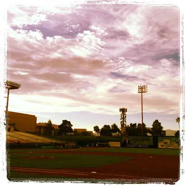 Photo prise au Cashman Field par Winston W. le6/12/2013