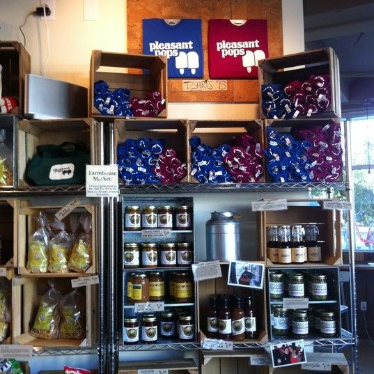 10/6/2012にFelix R.がPleasant Pops Farmhouse Market & Cafeで撮った写真