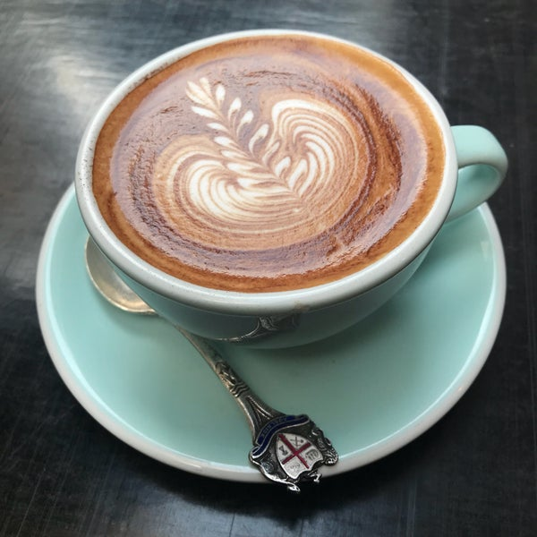 9/27/2017에 Simon C.님이 Cabrito Coffee Traders에서 찍은 사진