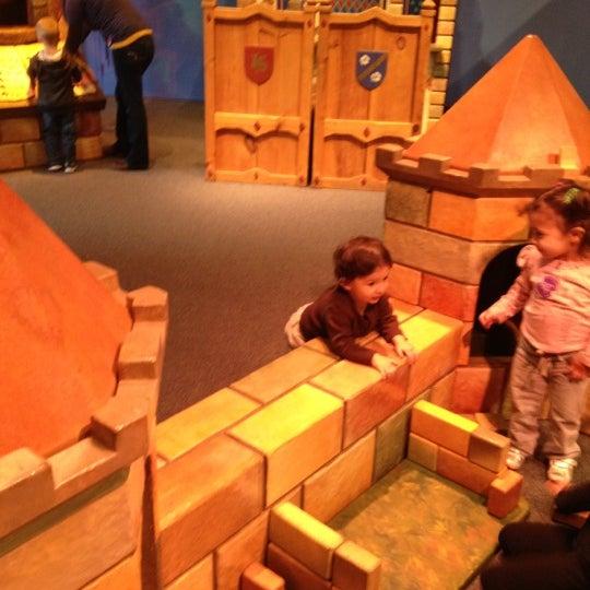 Снимок сделан в Minnesota Children's Museum пользователем Miguel U. 11/30/2012