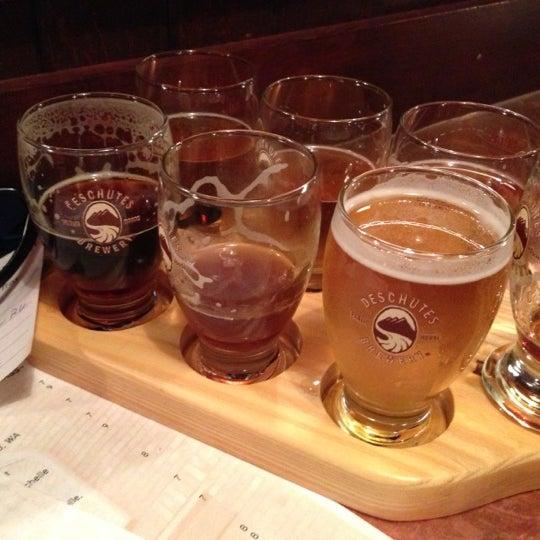 Снимок сделан в Deschutes Brewery Bend Public House пользователем Local Brewing Co. 11/24/2012