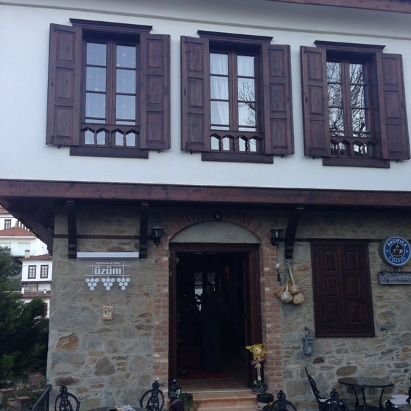 3/23/2013에 Ali Erman B.님이 Üzüm Cafe에서 찍은 사진