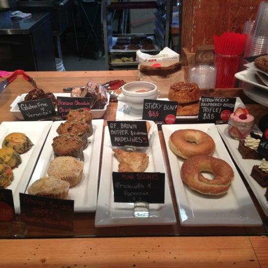 รูปภาพถ่ายที่ Railtown Cafe โดย Alanna K. เมื่อ 12/11/2012