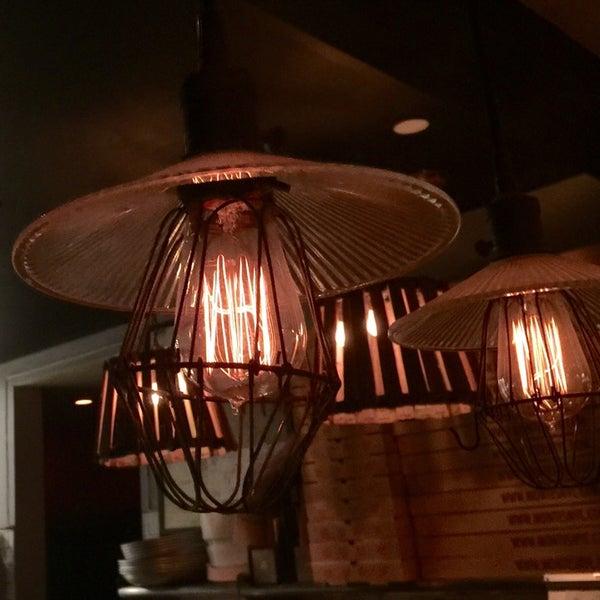 Foto diambil di Monte's Restaurant oleh gui a. pada 10/17/2014