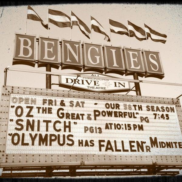 Снимок сделан в Bengies Drive-in Theatre пользователем Kira T. 4/5/2013