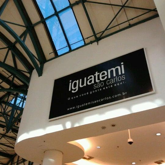 รูปภาพถ่ายที่ Shopping Iguatemi โดย Nilton T. เมื่อ 1/5/2013