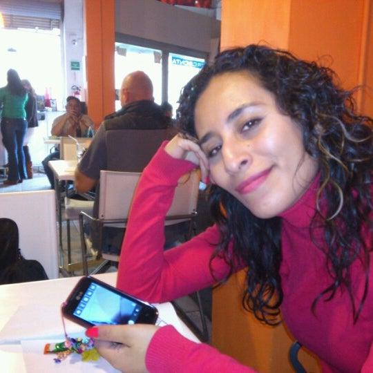รูปภาพถ่ายที่ Jerónimas โดย rctorr .. เมื่อ 3/22/2013