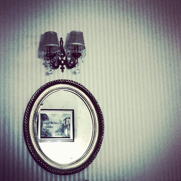 Снимок сделан в Angel's Home Hotel пользователем Cengiz Ş. 11/8/2013