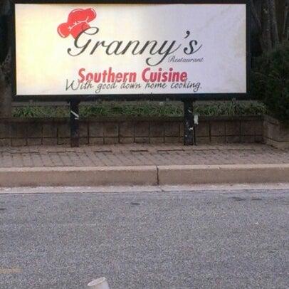 1/1/2013에 MACK D.님이 Granny's Restaurant에서 찍은 사진