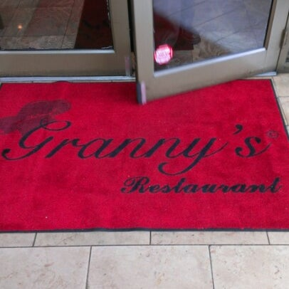 12/21/2012에 MACK D.님이 Granny's Restaurant에서 찍은 사진