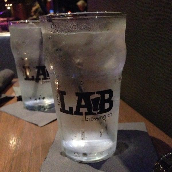 Das Foto wurde bei The Lab Brewing Co. von Wendy D. am 12/20/2014 aufgenommen
