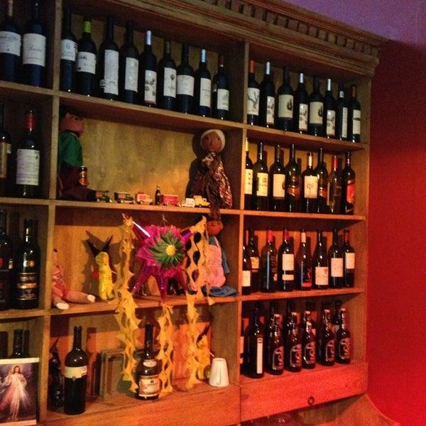รูปภาพถ่ายที่ La Casona Del Arbol Teatro-Bar & Cocina Show Center โดย Xavier S. เมื่อ 1/5/2013