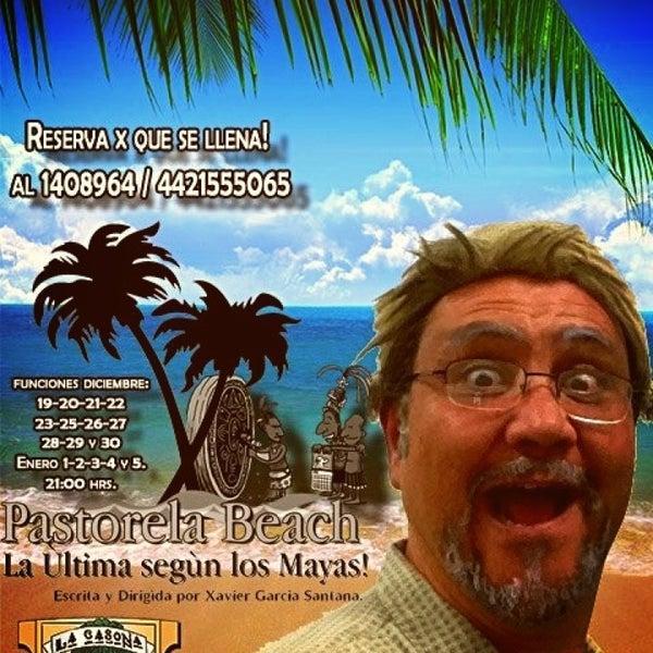 รูปภาพถ่ายที่ La Casona Del Arbol Teatro-Bar & Cocina Show Center โดย Xavier S. เมื่อ 12/21/2012