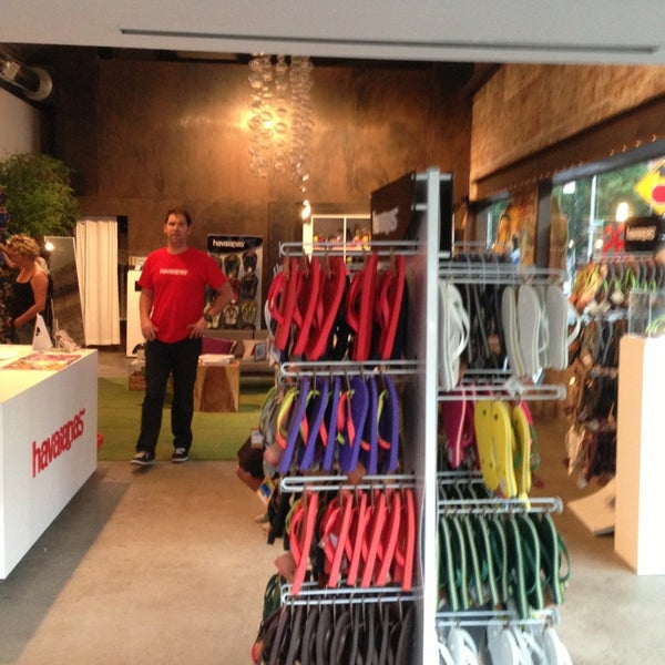 ab492ee57b7572 Photos at Havaianas NYC Pop Up - Meatpacking District - 2 tips from ...