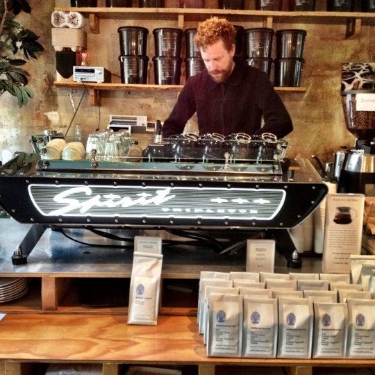 Снимок сделан в Bonanza Coffee пользователем Manthos C. 10/18/2012