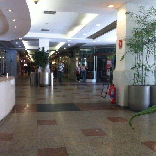 9/30/2012 tarihinde Bruno C.ziyaretçi tarafından Shopping Tijuca'de çekilen fotoğraf