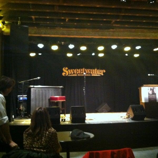 2/20/2013にMaribeth D.がSweetwater Music Hallで撮った写真